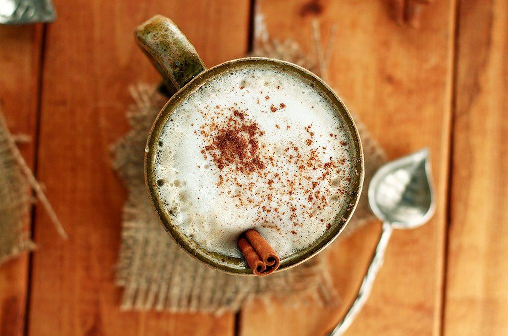 Vegan Gingerbread Tea Latte